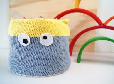 Anleitung: Einen Korb für das Kinderzimmer selber häkeln. DIY für Kinder von Fantasiewerk